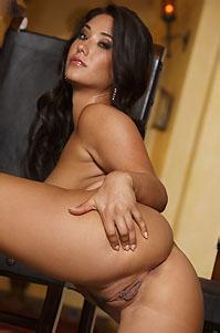 Eva Lovia Gets Nude