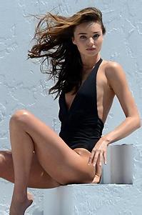 Hot Sexy Celeb Miranda Kerr