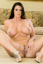 Chubby Babe Alison Tyler Gets Totally Nude 12